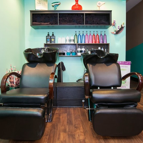Chicago WomensHairNailSalon ChromaK805
