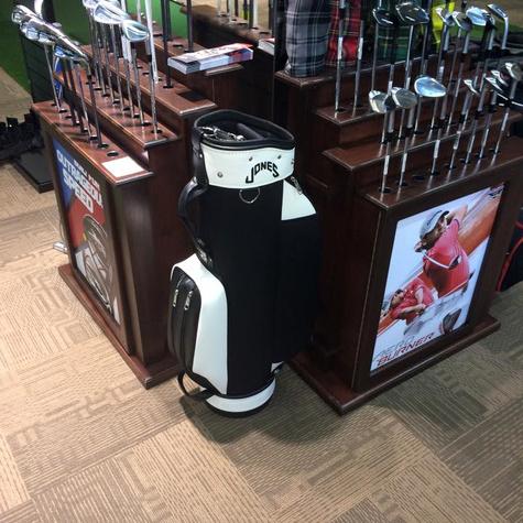 Portland GolfGearLessonsRepairShopGiftCards GolfInThePearl01