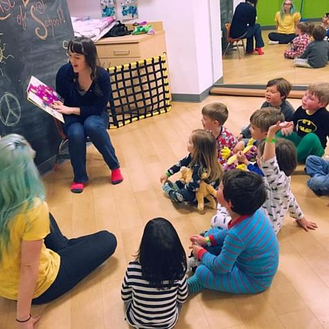 NYC KidsClassesActivitiesGroupsPlayGiftCards ProjectPlaydate03